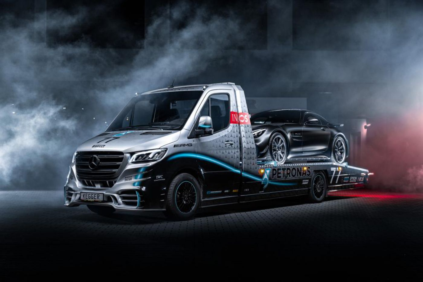 Mercedes-Benz Sprinter 319 AMG PETRONAS LIM. EDITION 1OF25